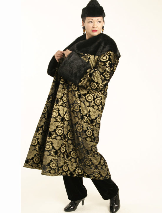 Lucky Seven Coat Black Gold Stamped Silk Velvet (Plus-Size)