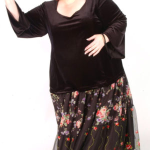 Plus Size Circle Skirt Roses Silk Black Pink Green 30-36